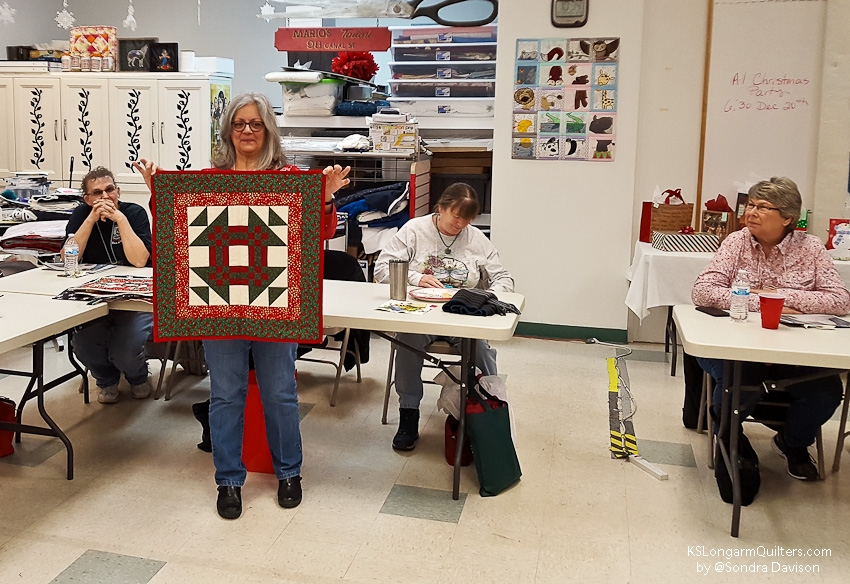 December-2018-Show-and-Share-│-KSLongarmQuilters-16-of-35